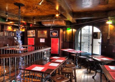 trinity college pub rome
