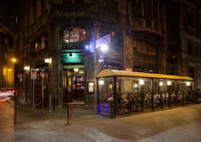 trinity college pub roma outdoor